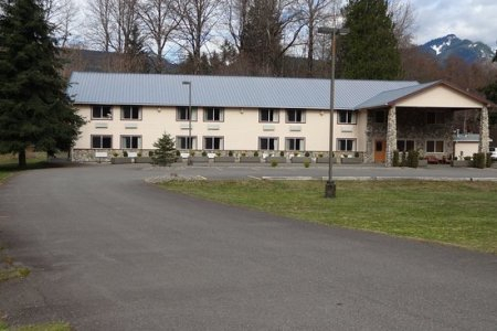crest trail lodge