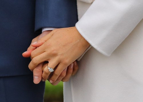 Medium Of Meghan Markle Engagement Ring