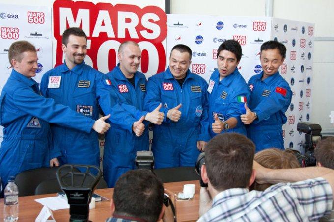 The 2011 crew of Mars500.