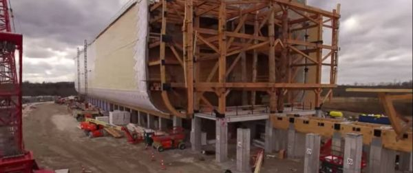 Yep, that's a life-sized replica of Noah's Ark. [ArkEncounter/Youtube]