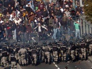 gej parada u Beogradu 27 jun 0004