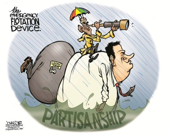 John Cole - The Scranton Times-Tribune - Obama and Christie COLOR - English - BARACK OBAMA,CHRIS CHRISTIE,NEW JERSEY,HURRICANE SANDY,FRANKENSTORM,BIPARTISANSHIP,2012 ELECTION,GOP,DEMOCRAT, hurricane christie,frankenstorm, political storm