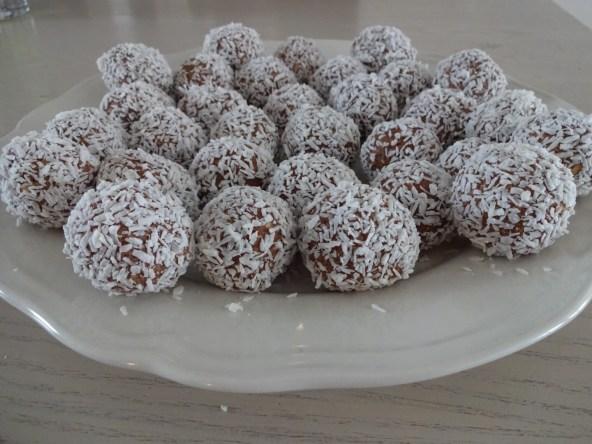 Kokosbollar utan socker och smör