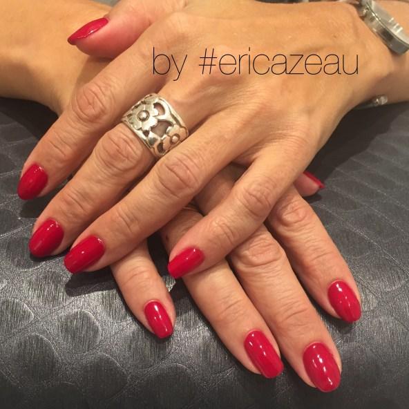 Vackra nagel och hårfärger skapas på Colours nu till Jul!