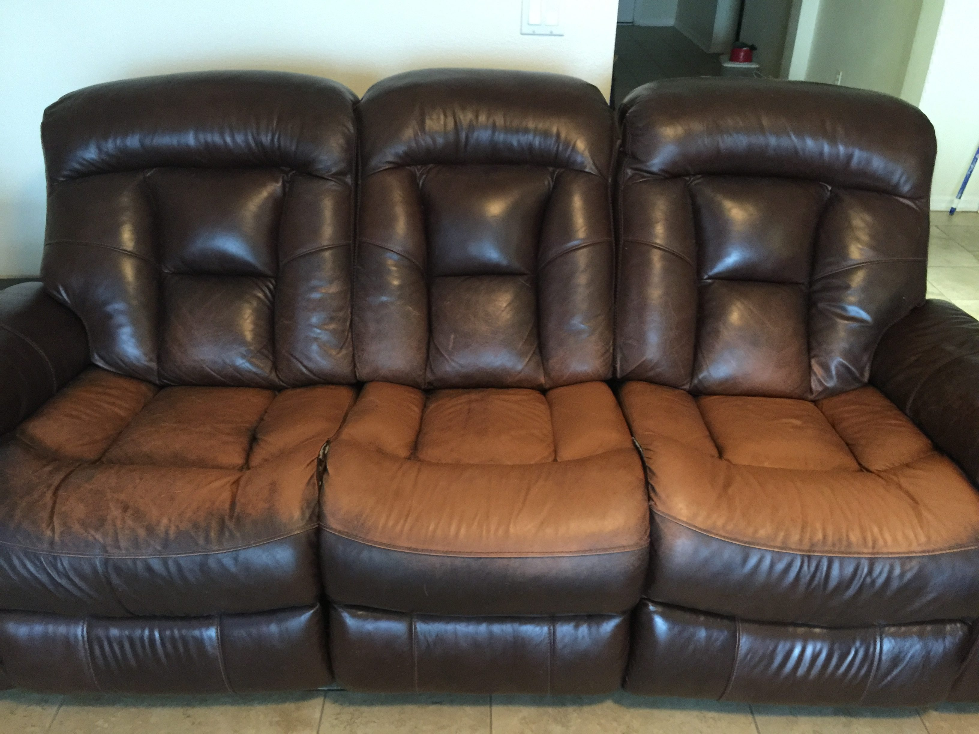 havertys furniture havertys kitchen tables We purchased two leather sofas from Havertys along with the Gold protection plan less than two years ago and over that time the dye in the leather has