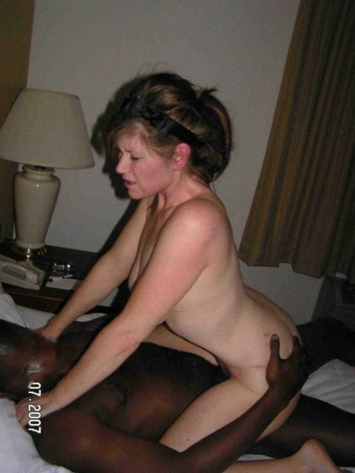 Cuckolds milf meeting up with bbc bull in hotel room - 1 part 1