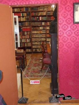 Biblioteca scriitorului - Muzeul Octavian Goga de la Ciucea, județul Cluj