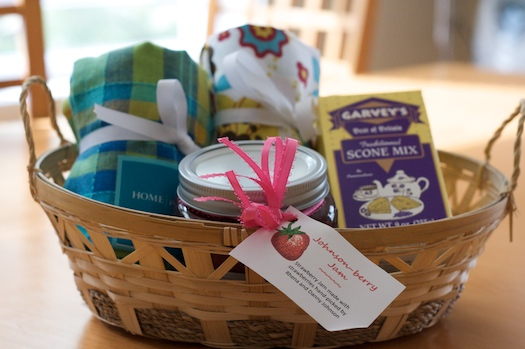Carrie's Gift Basket: She's So Sweet!