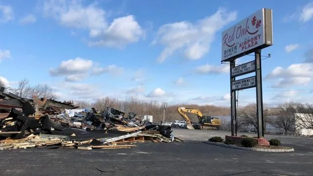 Red Oak Diner demolished  Lidl coming to Hazlet Red Oak Diner in Hazlet demolished to make way for Lidl