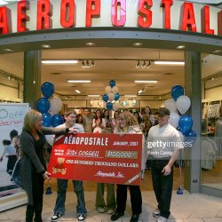 Aeropostale in Store Sweepstakes Photos and Images Getty Images