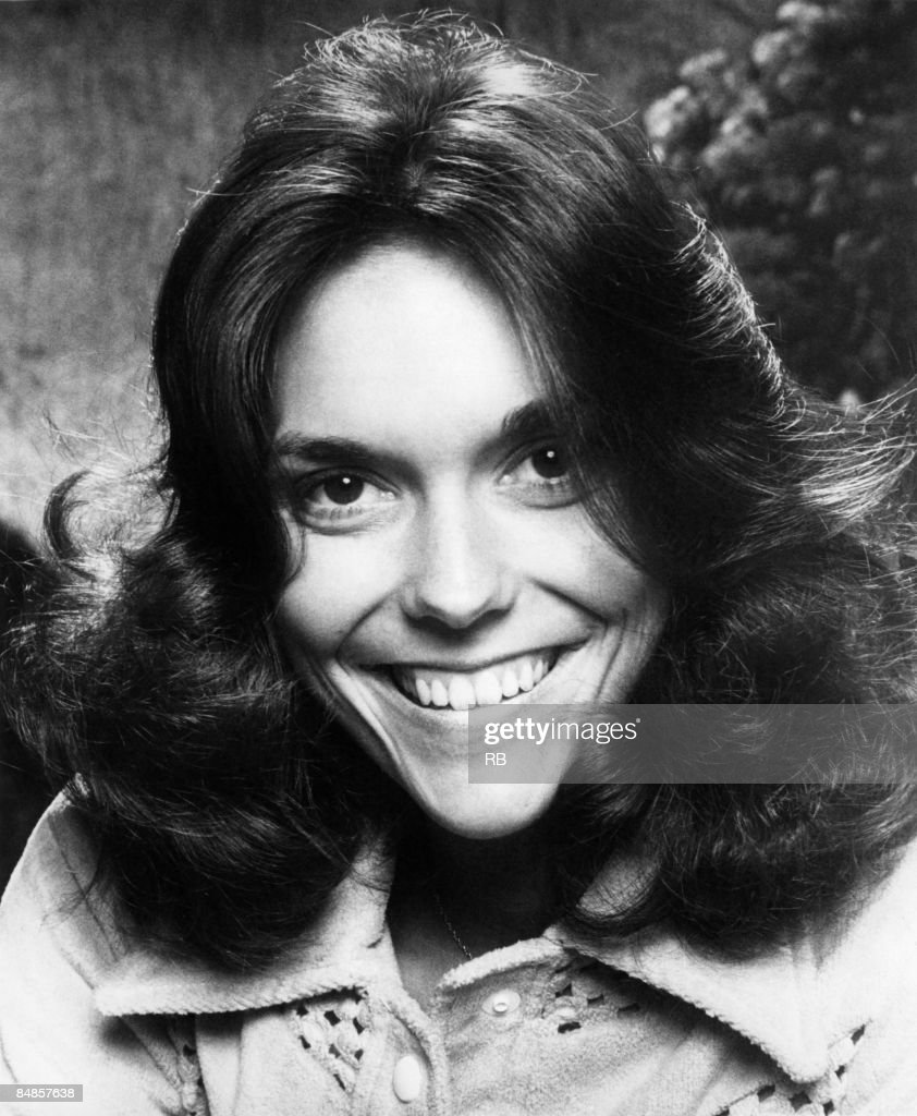 Karen Carpenter Pictures and Photos   Getty Images Photo of CARPENTERS and Karen CARPENTER Posed studio portrait of Karen  Carpenter