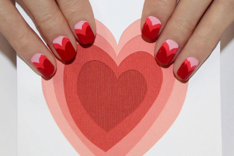 Upscale Beauty 2014 02 04 Valentines Day Nail Art Main Valentines Day Photos Download Valentines Day Photoshoot Couple photos Valentines Day Photos