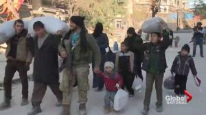 Hundreds of Syrians finally allowed to leave Aleppo