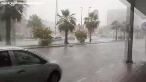 Strong hail storm hits Dammam Province in Saudi Arabia