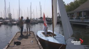 Restoring a boat in Pointe-Claire