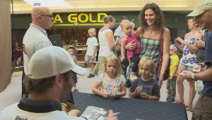 Eric Fehr hosts Stanley Cup party in hometown of Winkler
