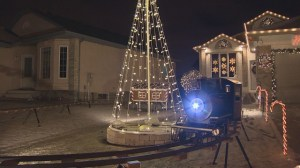 Winnipeg man takes his Christmas display to the next level