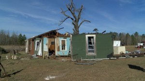 75-year-old woman lifted into tornado in her bathtub survives