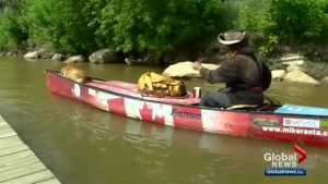 Man canoeing across Canada to mark 150th birthday makes a stop in Saskatoon