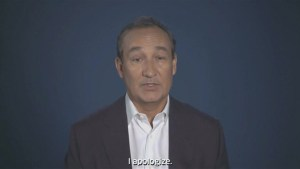 United CEO Munoz issues video apology video after man dragged off plane