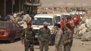 Raw video: Evacuation seemingly udnerway in Daraya, Syria