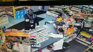 Darth Vader tries to rob Florida convenience store