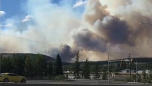 B.C. wildfires: Smoke looms over 100 Mile House