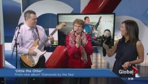 Charlotte Diamond Sings
