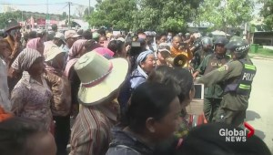 Australia's asylum seeker deal with Cambodia slammed