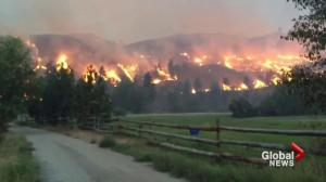 Health warnings as smoke from Washington state wildfire drifts into Canada