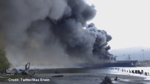 Cellphone video of Squamish dock fire