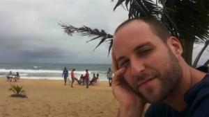 Ebola-infected NBC cameraman arrives at Nebraska hospital for treatment