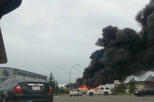 Huge fire breaks out in southeast Calgary