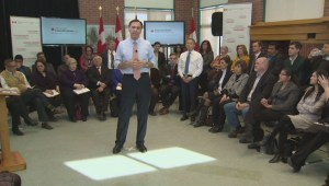 Liberals announce $18.4 billion deficit, expect oil to hover around $40