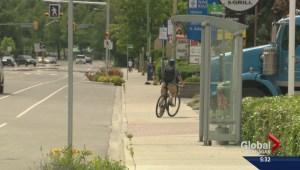 Cyclists on sidewalks annoy Kelowna pedestrians
