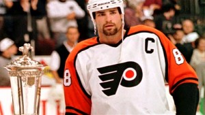 Eric Lindros, Pat Quinn headline Hockey Hall of Fame inductees for 2016