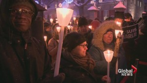 Montrealers show support for victims of Paris attack