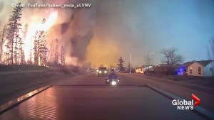 Intense video shows Beacon Hill resident fleeing as Fort McMurray wildfire rages – Part 2