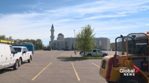Mosque music: Calgary worshippers share space with country crew