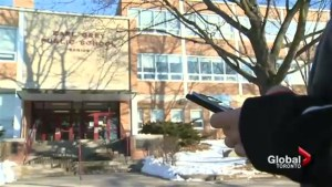 Toronto middle school to ban cell phone use