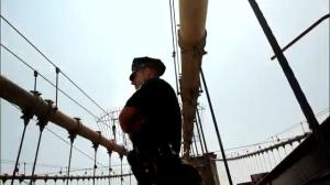 Brooklyn Bridge 'flag swap' continues to flummox NYPD