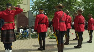 Manitobans honour fallen Moncton RCMP officers