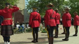 Manitobans honour fallen Moncton RCMP officers