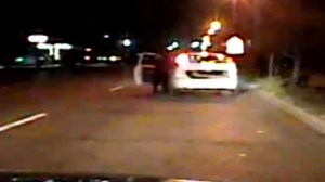 Oklahoma cop dragged nearly 200 feet during traffic stop