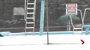 Moncton neighbourhood works to save last outdoor pool in the city