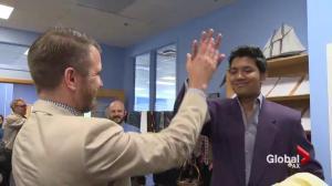 Volunteer event helps ease job hunting woes