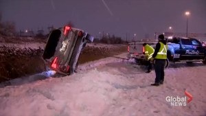 Snow storm causes havoc on Ontario roads