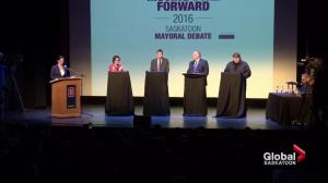 Saskatoon mayoral candidates go head-to-head in Broadway Theatre debate