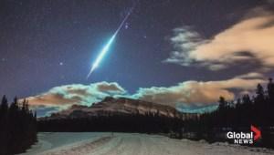 Photographer captures fireball in Banff