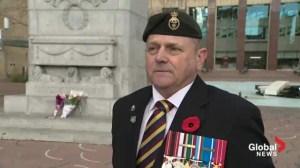 Raw video: Veterans guard Edmonton cenotaph